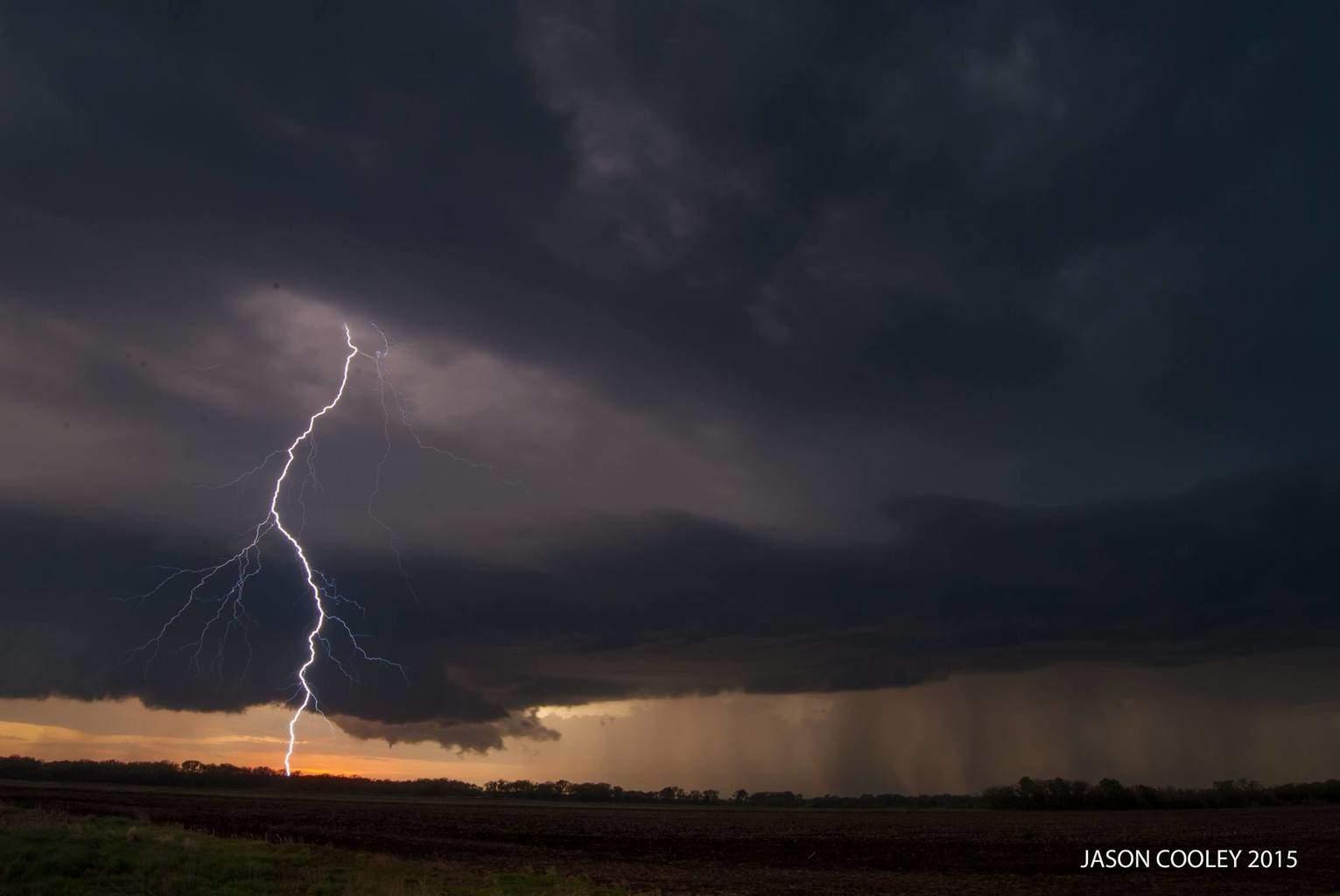 Firth, Nebraska around 8:15pm this evening!