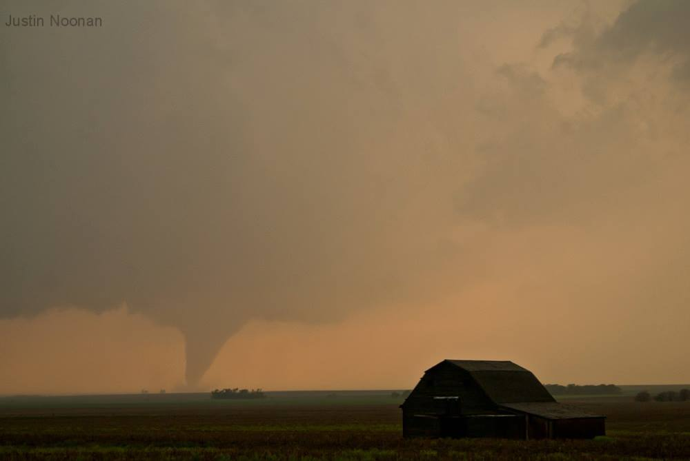 Two years ago....Si. The first of a couple of tornadoes near Rosel Kansas