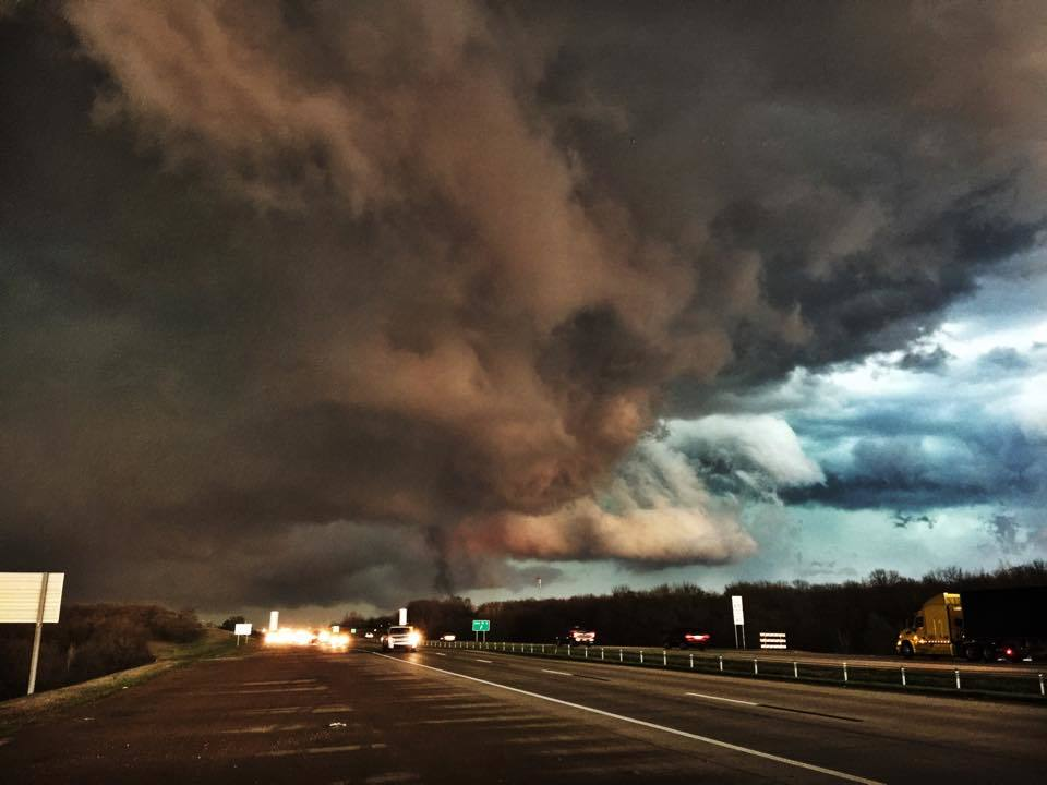 3-25-15 Tulsa Oklahoma. Picture was taking as the storm was moving out of Sandy Springs.