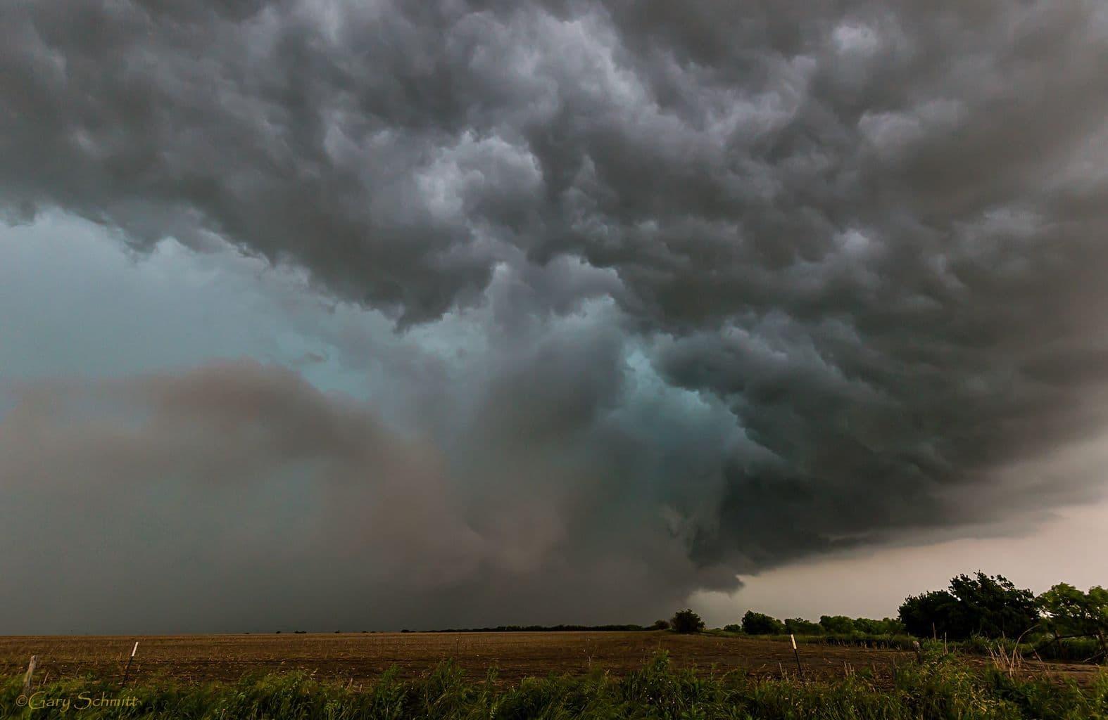 Storm shot from 05-08-2015 Western Kansas !!
