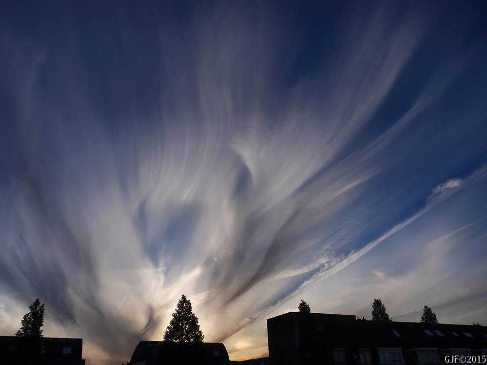 """Somewhere in 2014 in the beginning of the evening""""Altocmulus floccus virga"""" ,later on resulting in a spectacular sky."""