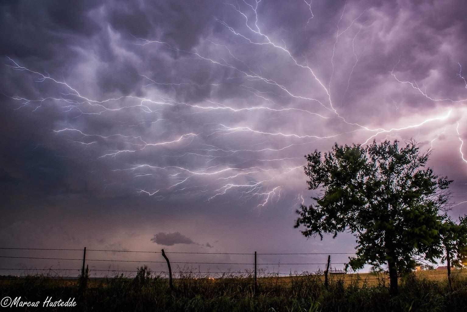 Spider lightning just south of Wichita Falls, TX this past Friday night