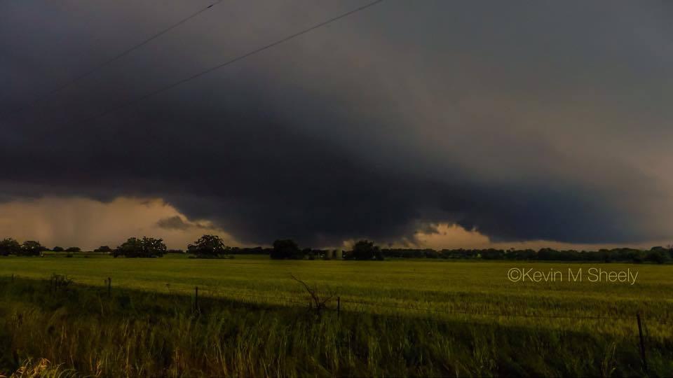 Multi-Vortex Tornado West of Krum Texas 05/07/2015