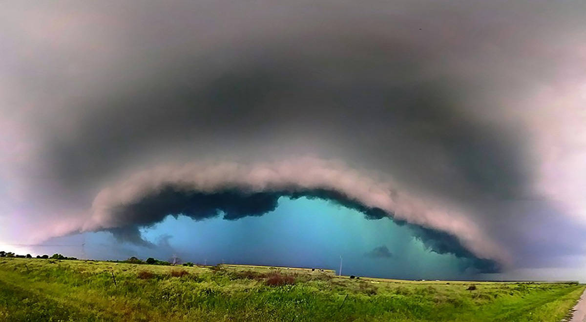 """""""Caribbean storm""""  East Texas by the Oklahoma border on tornado warned super cell."""