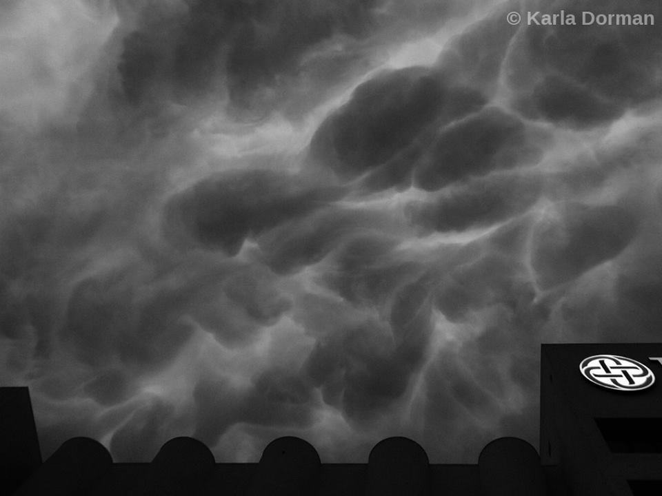 Another B & W shot of the Mammatus sky over far southern Tarrant County, TX on April 26, 2015. (Image © Karla Dorman, copyright and watermark added.)