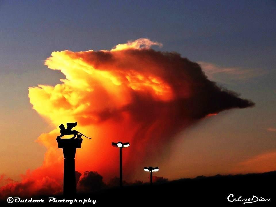 Good Morning my friends... CASCAVEL/PR...2/12/13...20H 03M...CELSODIAS - SQUARE LION ITALY OUR CITY -
