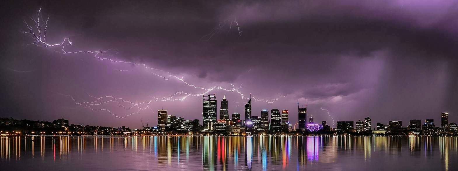 Haven't had a good storm for awhile,  This was taken earlier this year when Perth had about 4 days of excitement