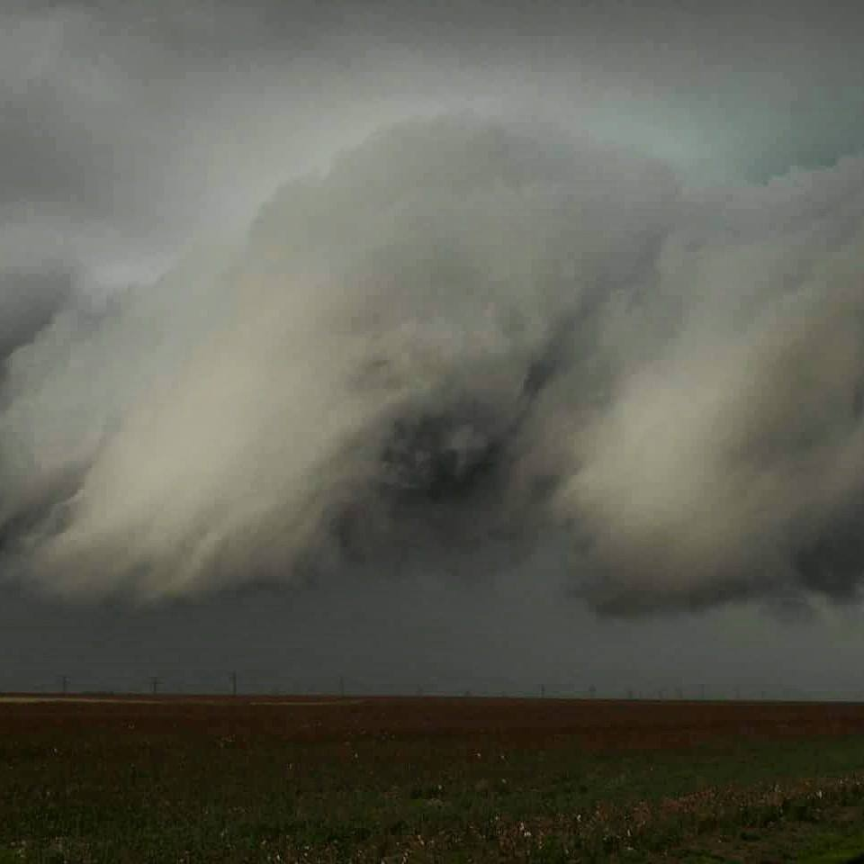 4/16/15 Texas panhandle  Just before the groom tornado.