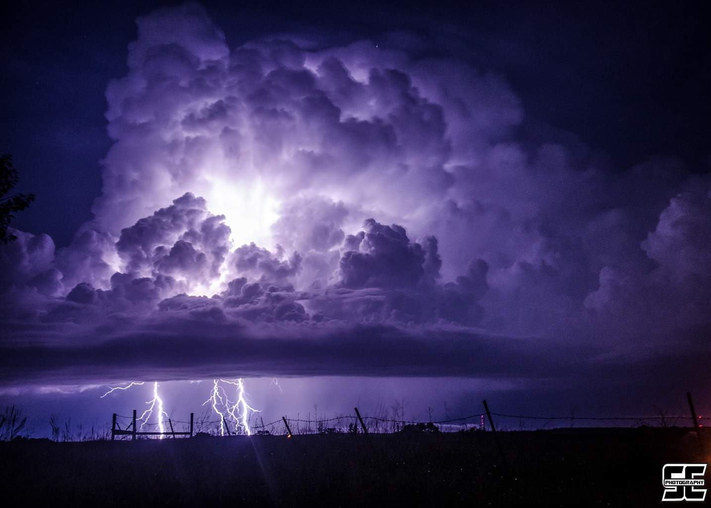Explosive thunderstorm producing a barrage of lightning last night north of Stover, MO.