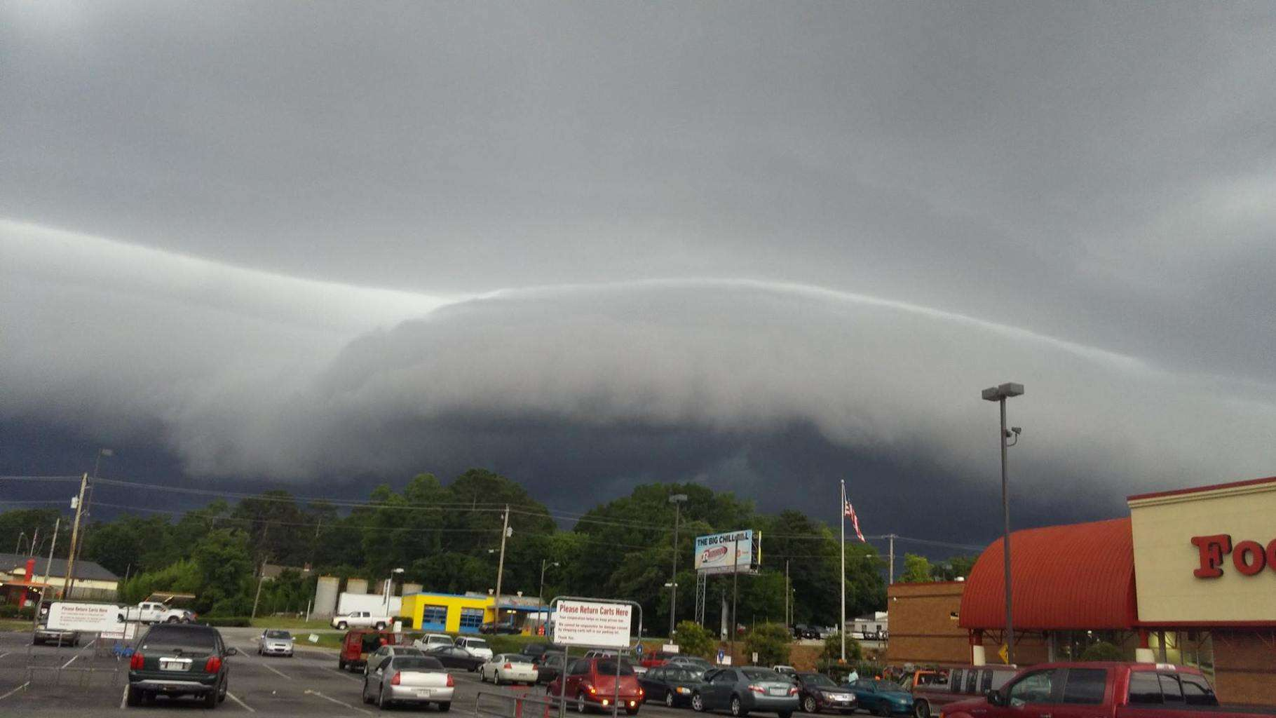 Came rolling in just a short time ago....not much punch but an awesome sight here, Griffin,Ga