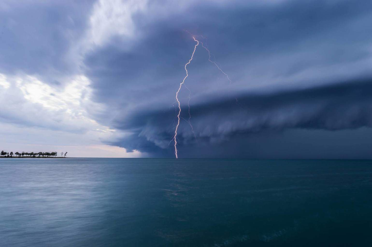 Squall line is approaching from the Adriatic Sea and with it this amazingly structured shelf cloud. Taken from a pier just south of Umag, Croatia, June 23rd 2015.