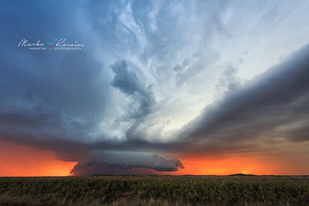 A pretty spectacular sunset supercell near Bledsoe, NM on May 29th, 2015. What a sight we had!!