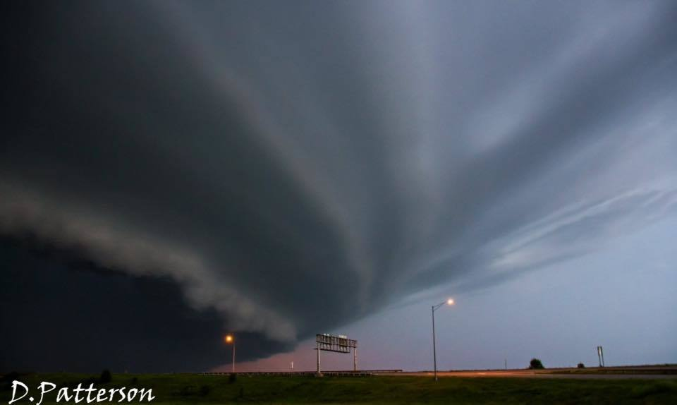 Monday night near Canton MO. This beast was tornado warned, all we saw was a wall cloud.