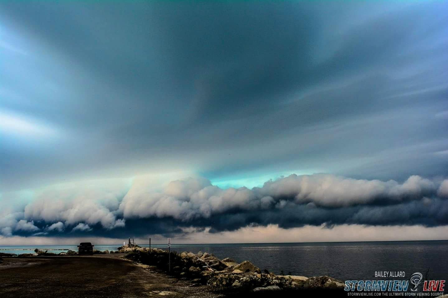 Beautifully coloured shelf moving into Goderich, Ontario, June 18th 2015.