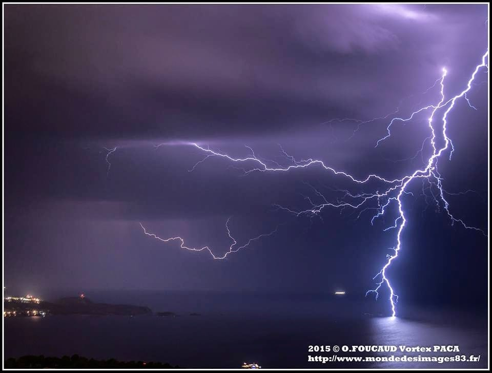 France - Storms of hot air, the average June 2015. Take photo with nikon D7000