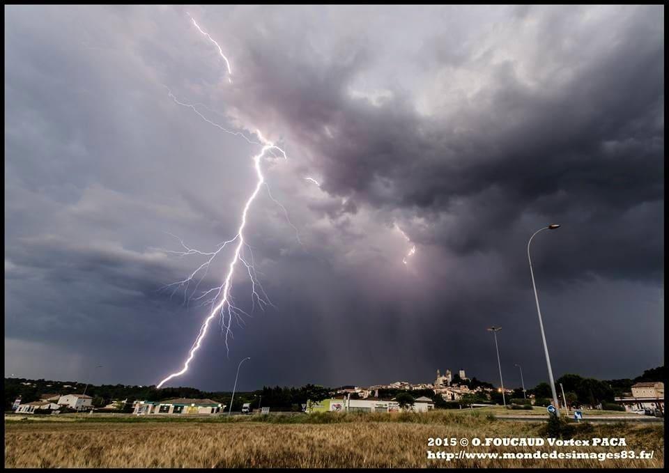 RIANS in FRANCE.  JUNE 2015.  Nikon D7000.