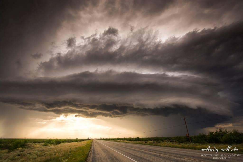 Shelfcloud near Odessa/TX (May 14th 2015)