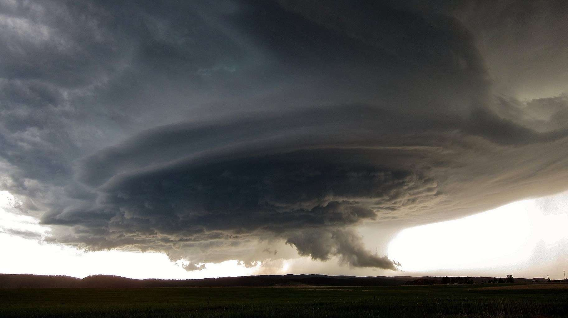 """Mothership"" supercell. An intense rotating storm outside Rapid City, SD on June 1, 2015. Incredible structure!"