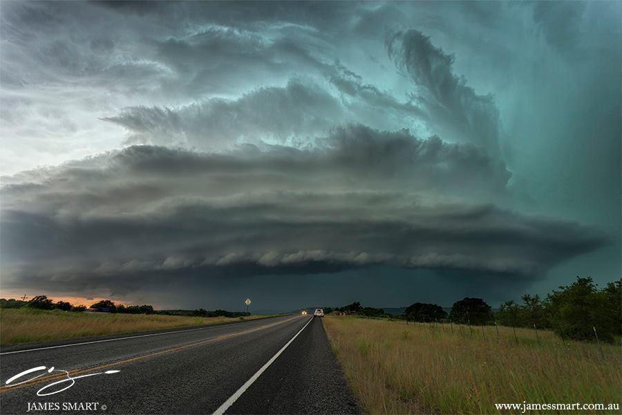 Stunning supercell in Texas May 26th 2015.