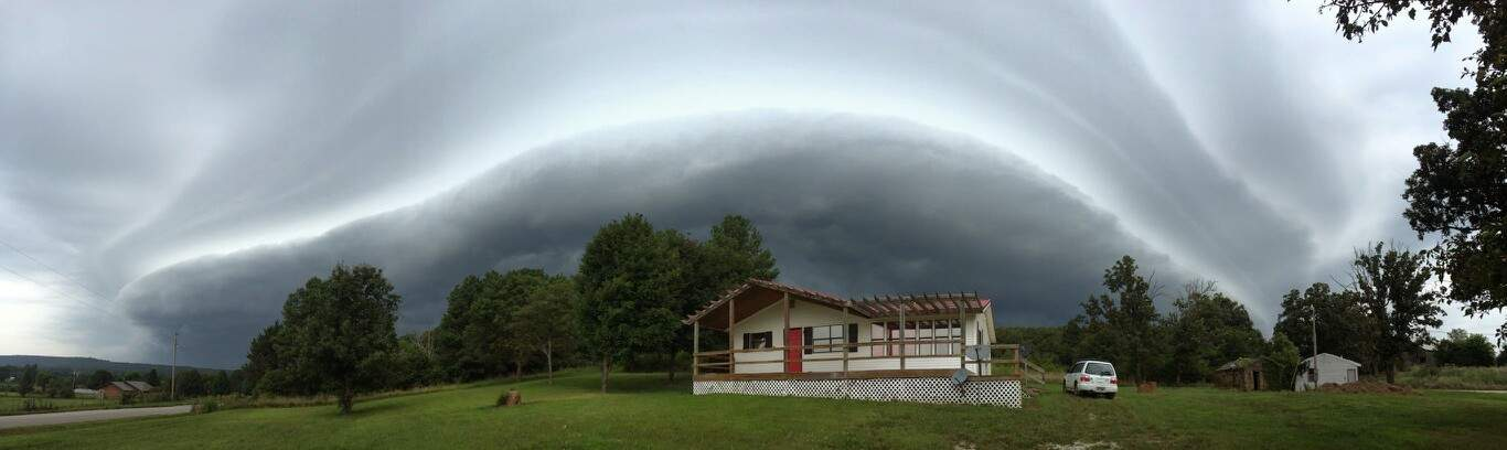 This happened in Northwest Arkansas this morning. near Elkins. This file is small hopefully your on a phone! One heck of a shelf cloud.