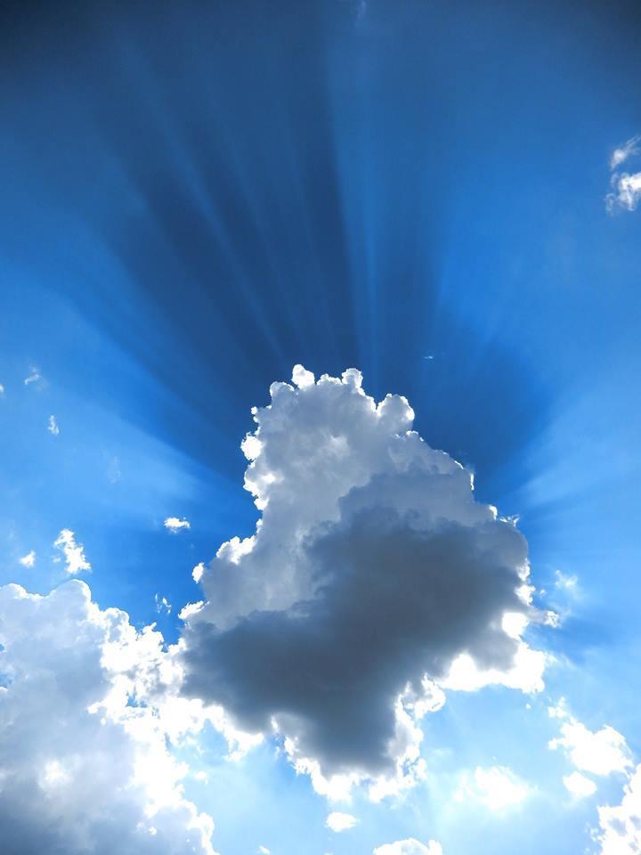 Crepuscular rays Texas, 2014