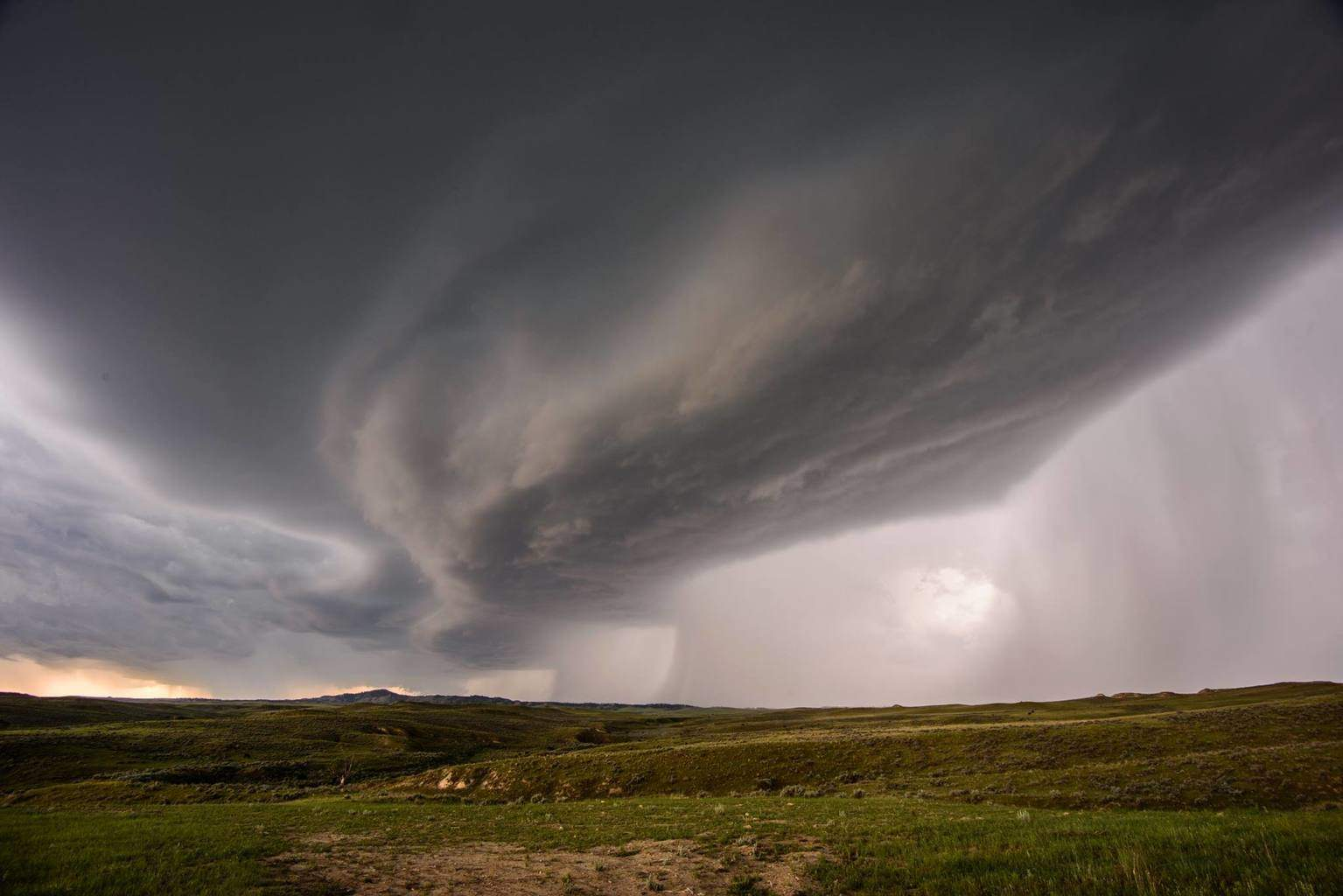 Two mesocyclones embedded in a severe squall line in SE MT, June 2015