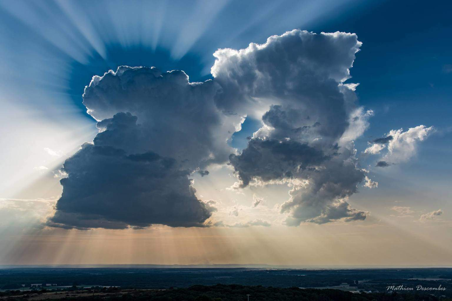 Cell stormy eclipsing the sun, Franche-comté, France