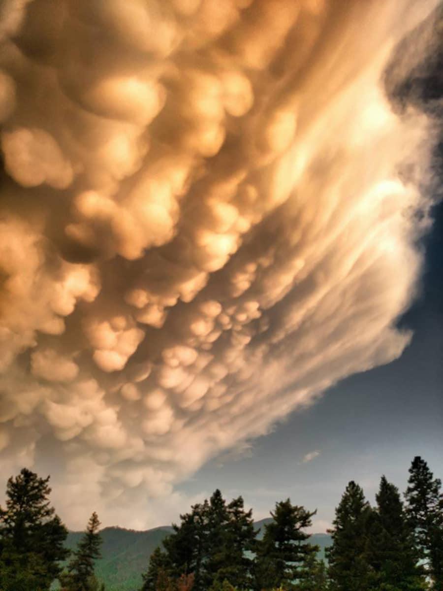 Top 10 Weather Photographs: 8/31/2015