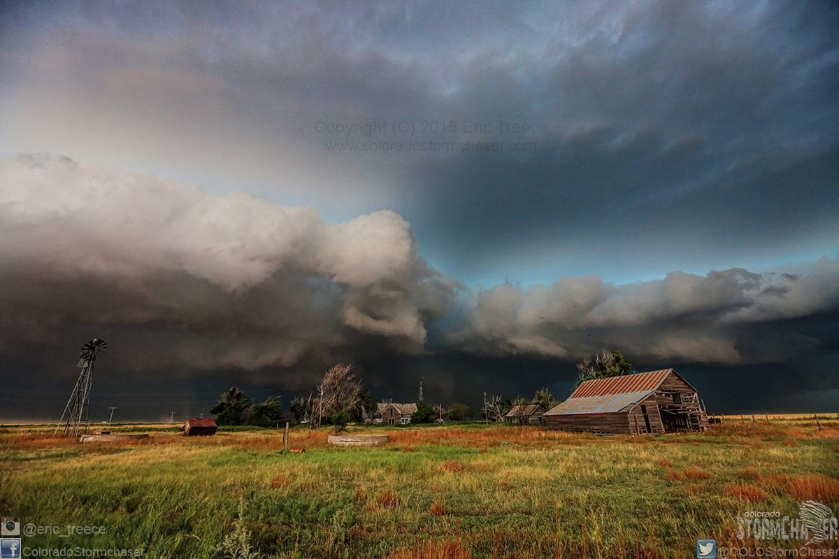 SVR warned storm approaching this old abandoned farmstead near Lydia, KS on July 19, 2015.