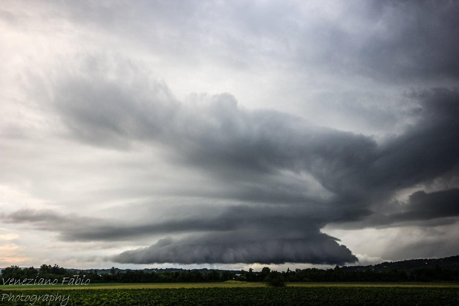 monster supercell near Susegana Italy 17/08/2015