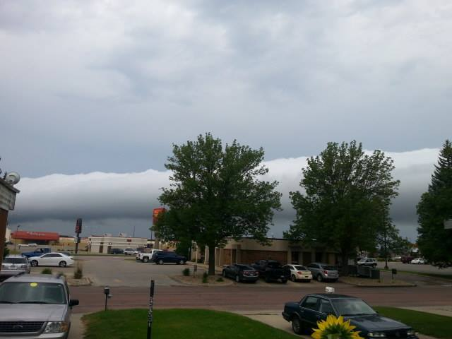 Not a fancy picture by any means lol but had a rolling cloud in Watertown SD this morning!