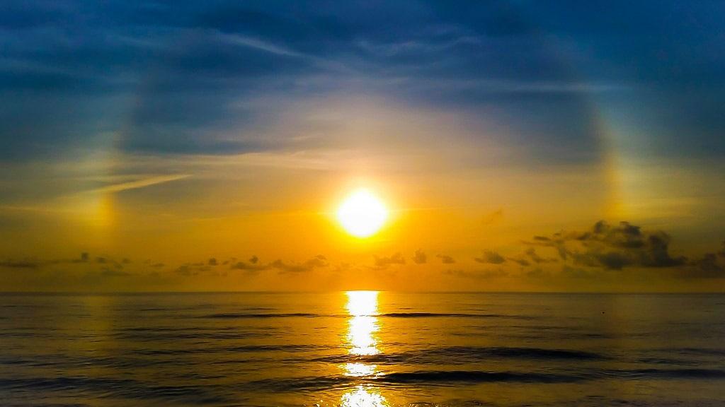 Sun Halo Sunrise/Juno Beach, Fl