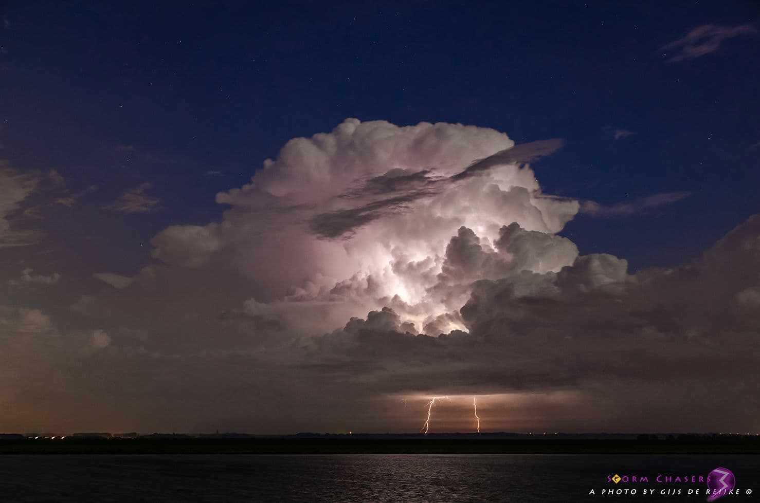 One of yesterday's severe thunderstorms over the Netherlands.
