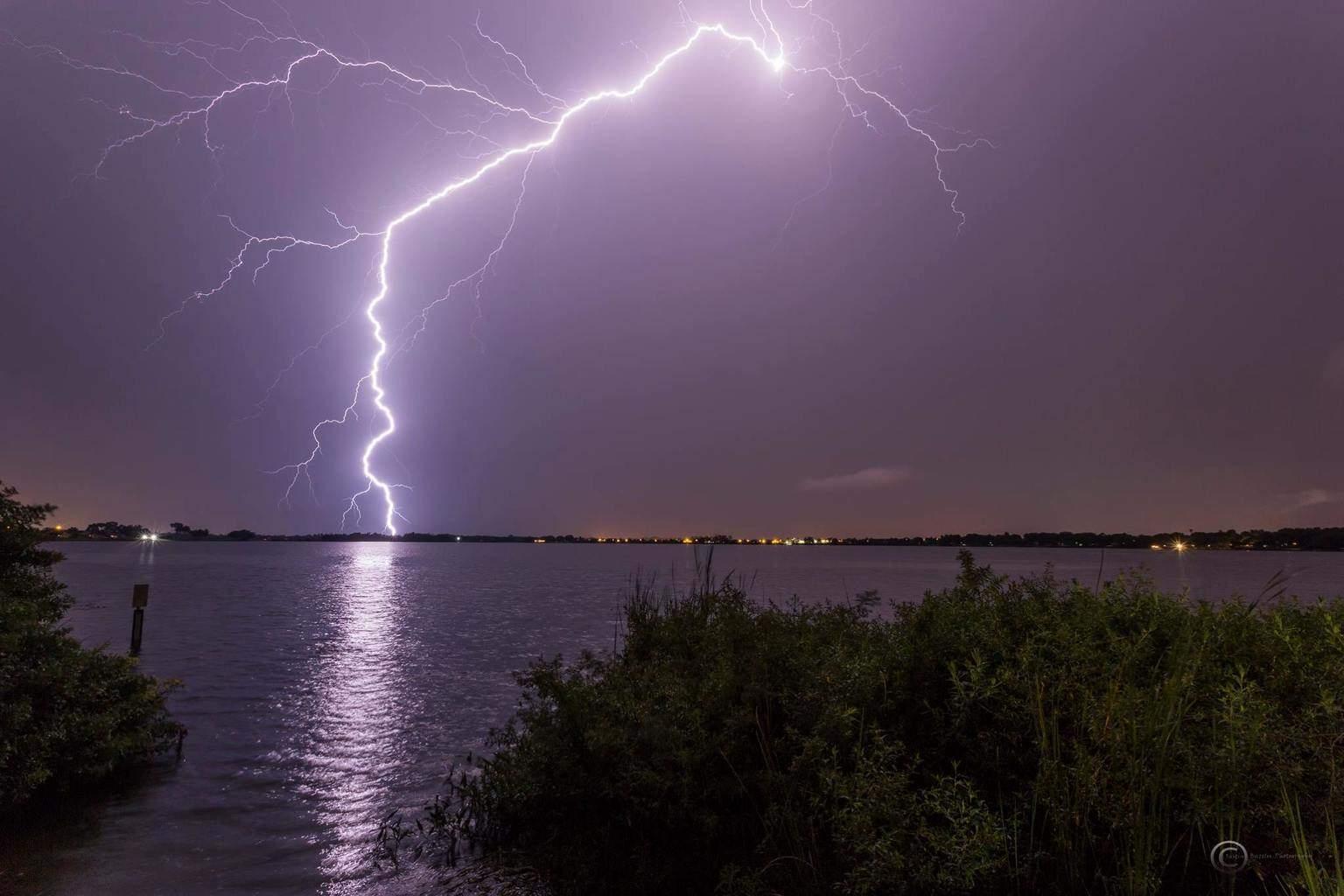 Pretty massive bolt in Waverly, Florida tonight. Canon 6d, 17mm, iso 500, f13, 10 seconds