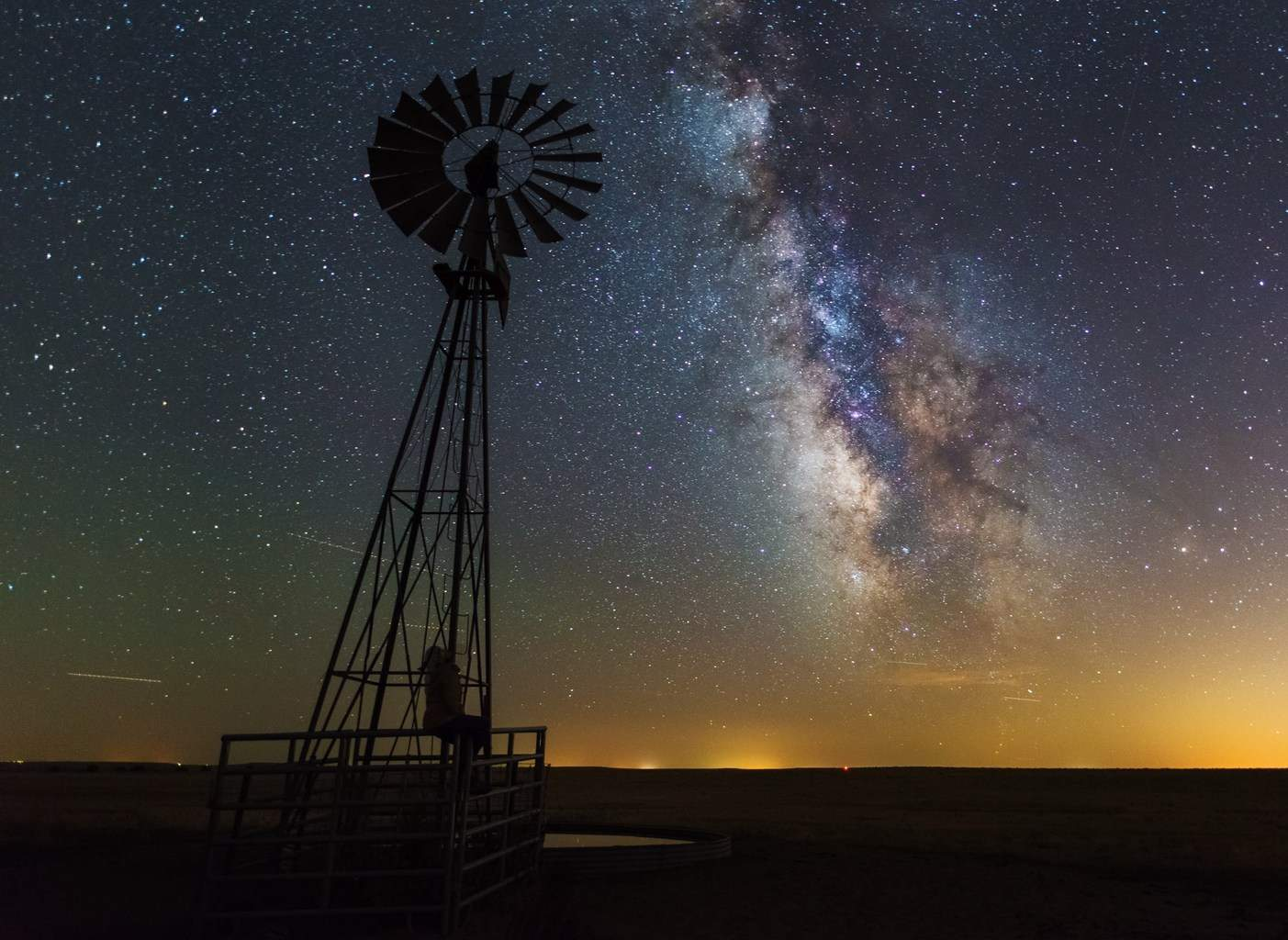 Clear skies over Pawnee National Grasslands, CO.
