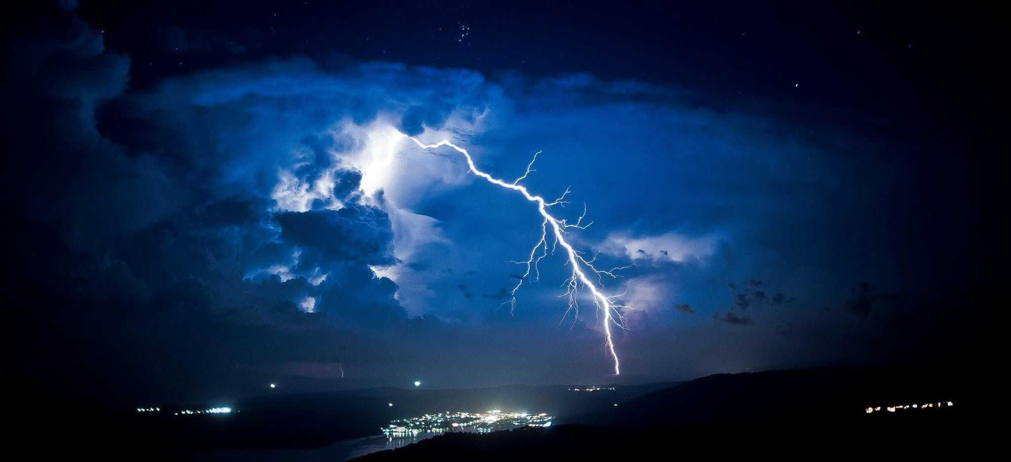 Out of the blue on a great storm chase Island Hvar on 16.08.15
