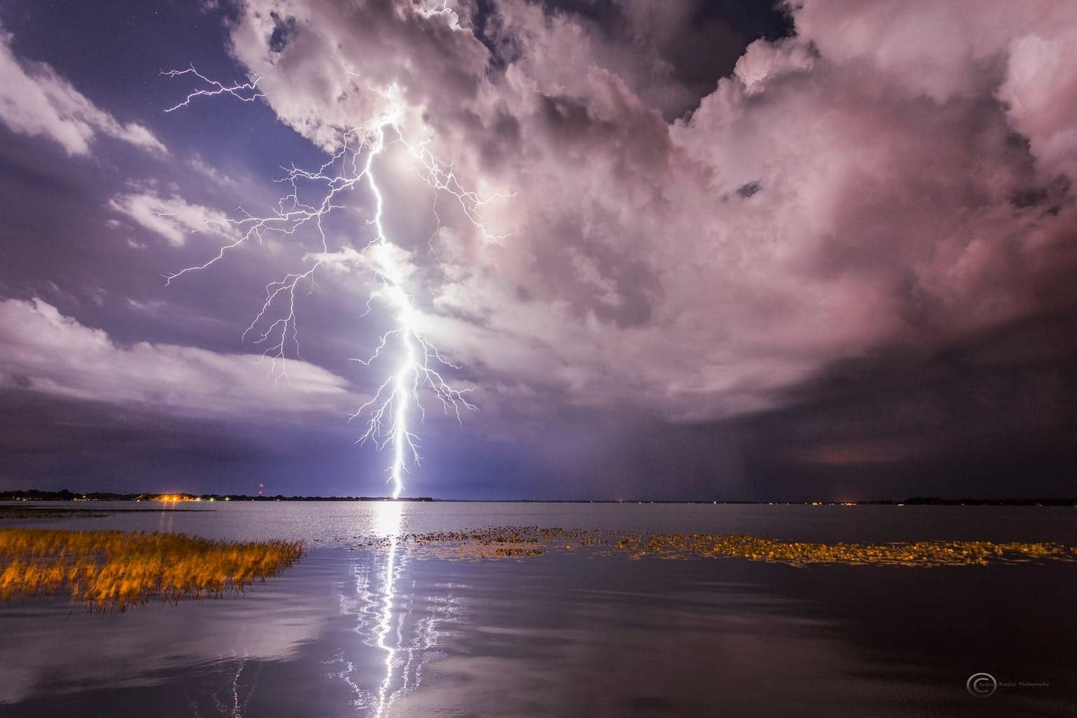 Spectacular light show at Lake Reedy in Frostproof, Florida last night