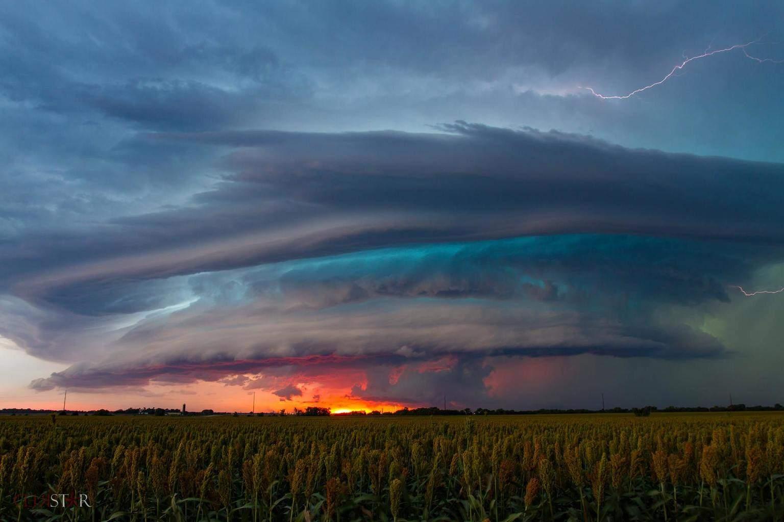 Beast Mode Storm Geneseo, Kansas | 9.10.15