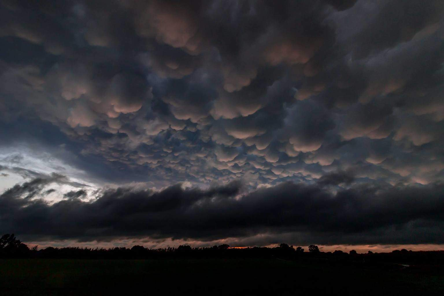 You just can't dislike mammatus (Netherlands)