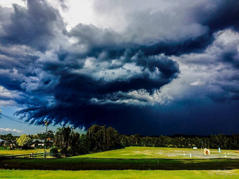 Early afternoon storm cell Gold Coast, Australia 8-10-15