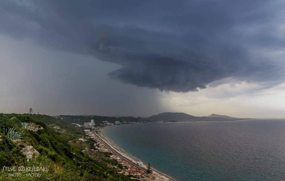 Amazing rotating storm cell over Rhodes island Greece.....