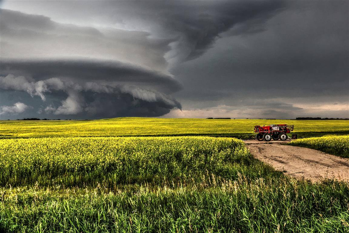 Oh how I miss days like this out on the open prairies chasing down these amazing scenes that mother nature provides for us. As powerful and scary as they look when I am out there photographing and chasing one of these beasts it is very peaceful and tranquil watching the skies turn and spin.