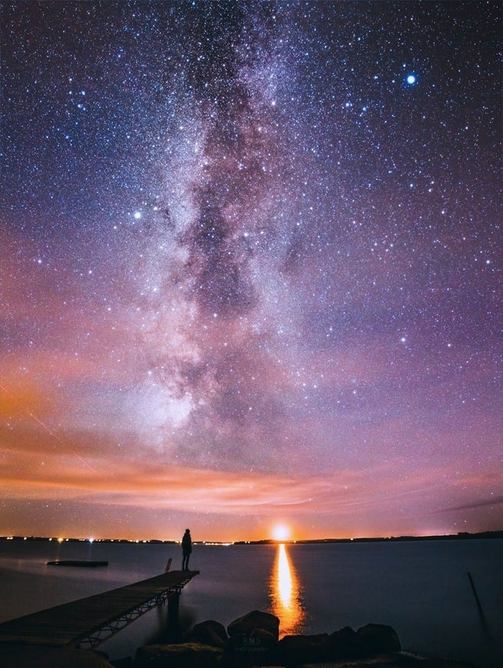 Milky Way over Limfjord as seen from Næssund, Mors island, Denmark. Canon EOS 7D + Canon 18-55mm f/3.5-5.6 + iOptron skytracker Foregroung: 2x 40 seconds, f/3.5, ISO 1600 The sky: 2x 117 seconds, f/5.6, ISO 1250