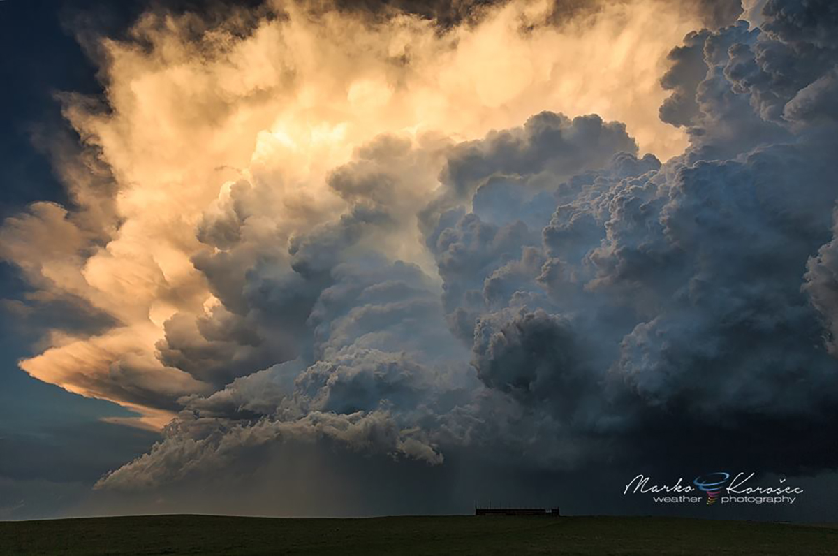 An explosive convective towers along the flanking line of a tornadic supercell in NW South Dakota on June 21st, 2015.
