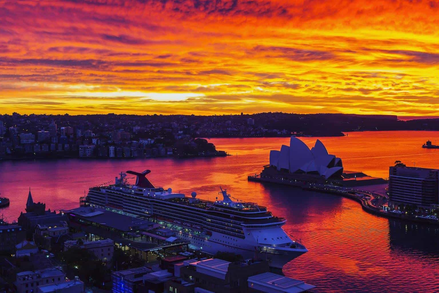 This is a photo taken back in June 15 whilst on a trip to Sydney. It sure was one spectacular sunrise.