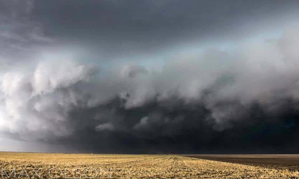 You're on a family road trip and are passing through Kansas, all of the sudden the sky gets dark and this scene presents itself, do you... A- Grab the camera and start taking pics, risking some gnarly dents in your hood. or B- Turn around as quickly as possible and drive in the opposite direction