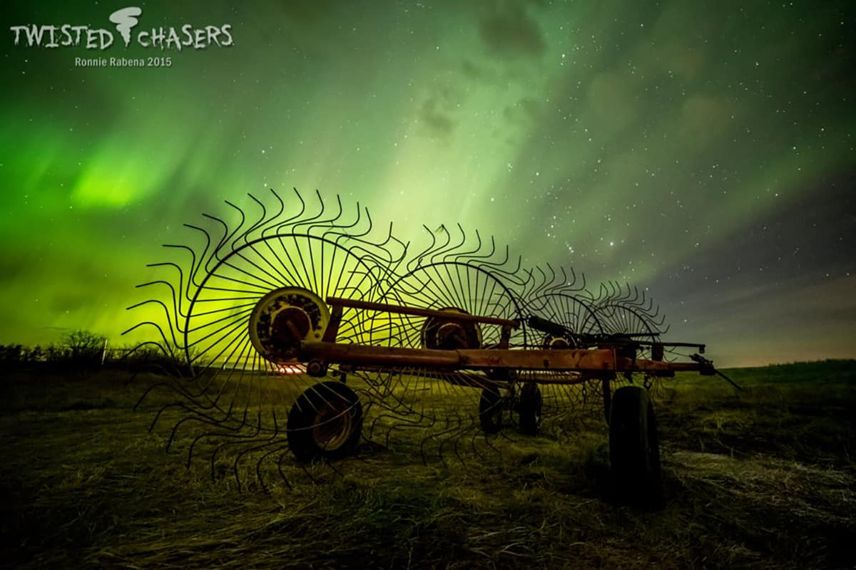 Northern Lights East of Lousana, Alberta, Canada (Facing East) 11/07/2015 - 12:45am