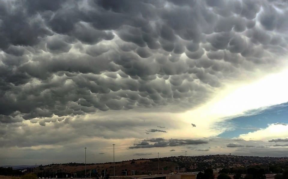Snapped this photo of Mammatus as it blanketed the skies over over Pretoria, South Africa today (16 Nov). Resulted from a severe thunderstorm that had an amazing hail TBSS later and reflectivities > 70dBZ. Was an amazing day for severe weather here.