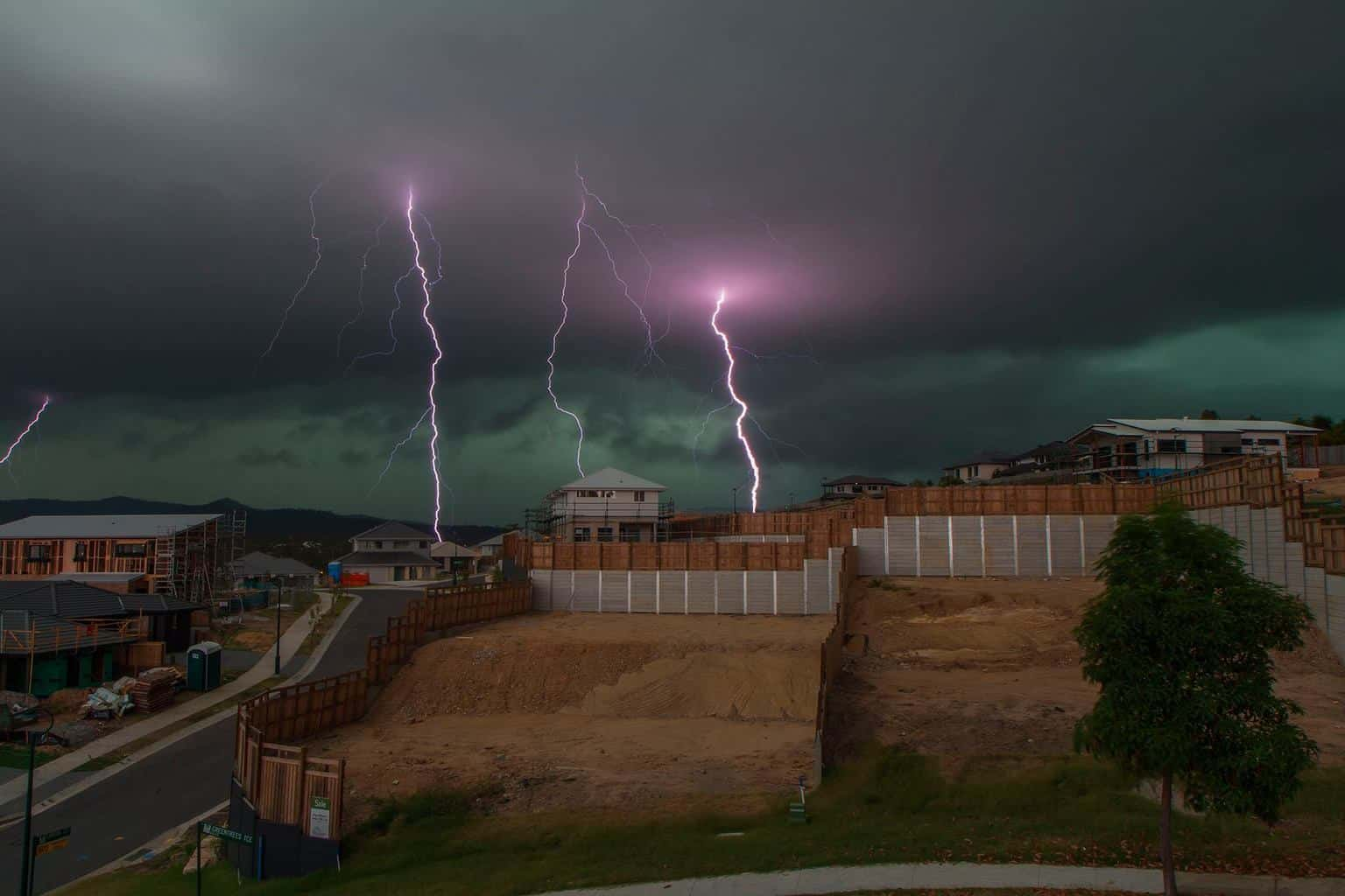 Large storms here in Springfield Lakes (AUST) this afternoon, with some amazing lightning..