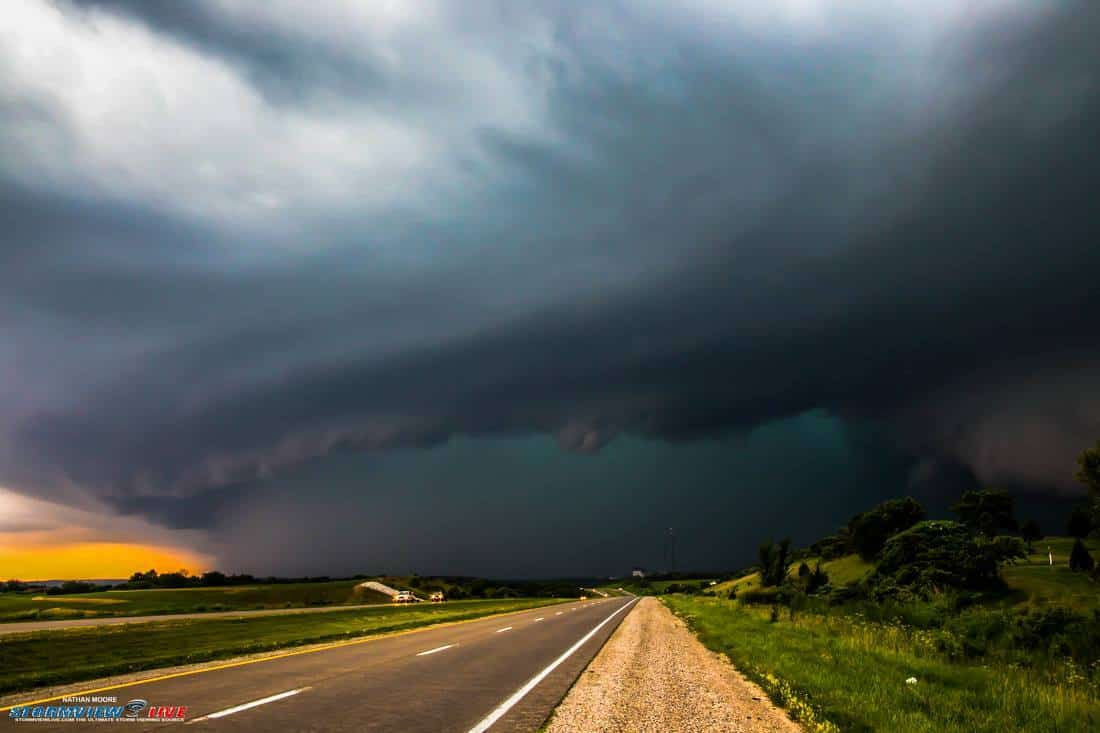 A little more of the full view of this extreme severe storm near Oskaloosa, Iowa on June 20th 2015. This storm as you can see had a huge baseball size hail core. I played this so close but managed to get out of there just in time. I now have new page.. Feel free to add me as a friend on my main page but I also have my chaser like page now. Please give it a like as my chasing accouncements and live streaming will be there smile emoticon Thanks!!!